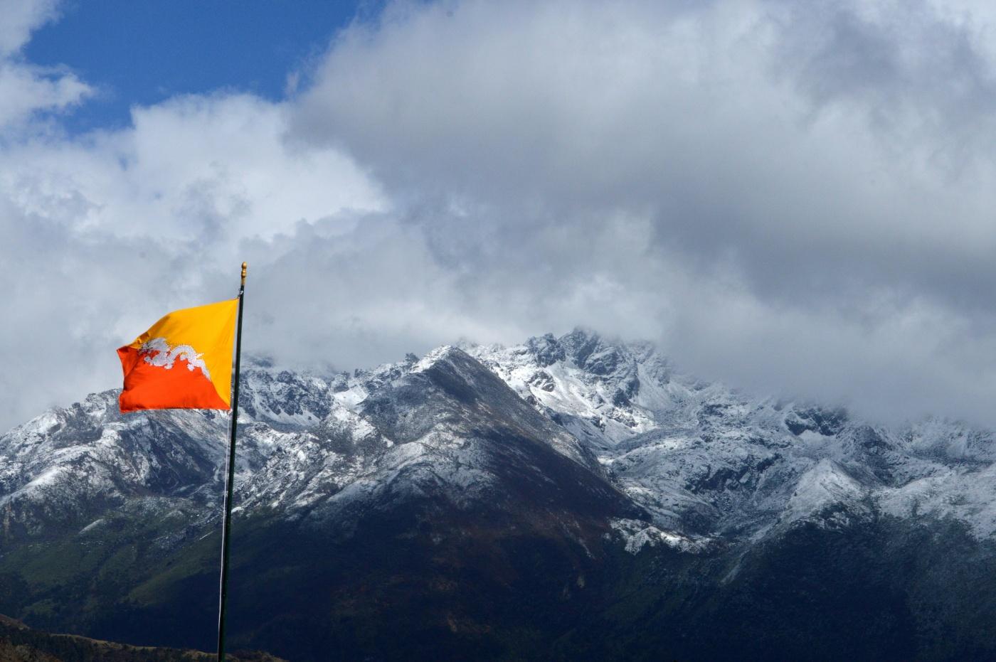 Bhutan, mountains, himalayas, flag, troy-wilkinson, afurthershore, altruism